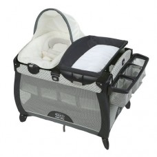 Graco - Parc Pack 'n Play avec couchette et table a langer - McKinley